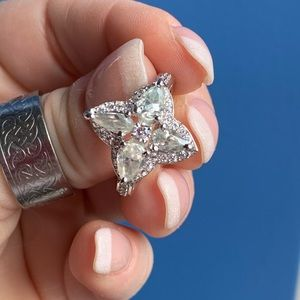 Wow! 3.55 white ice Moissanite ring! 925 sterling